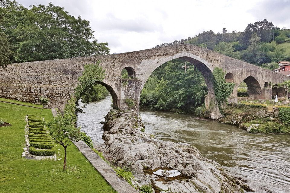 Römische Brücke in Cangas de Onís