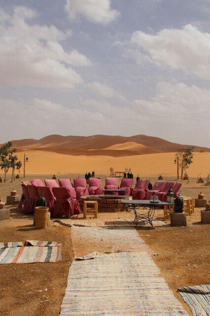 Feuerstelle des Wüstencamps Borj Merzouga