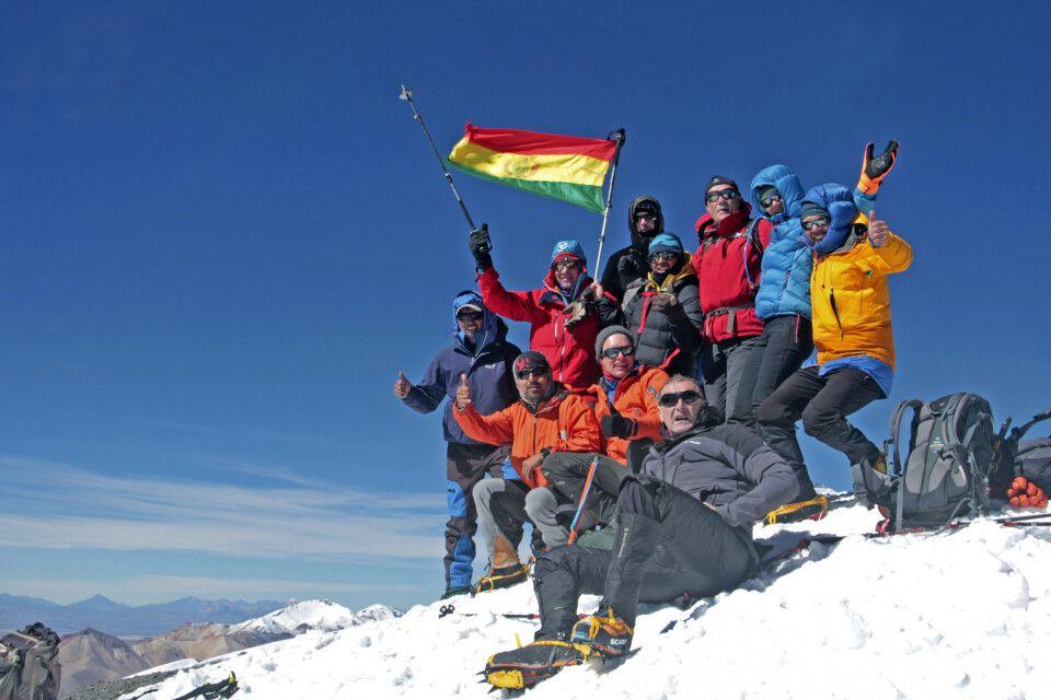 Gute Laune auf dem Gipfel des Parinacota