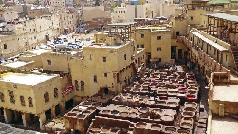 Gerberei und Färberei in der Medina von Fes © Diamir