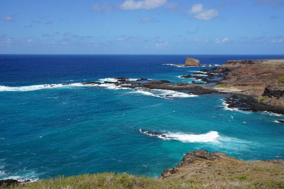 Die Küste der Insel Ua Hoka.