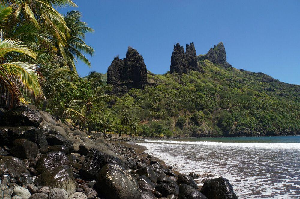 Die Bucht von Hatiheu auf Nuku Hiva.