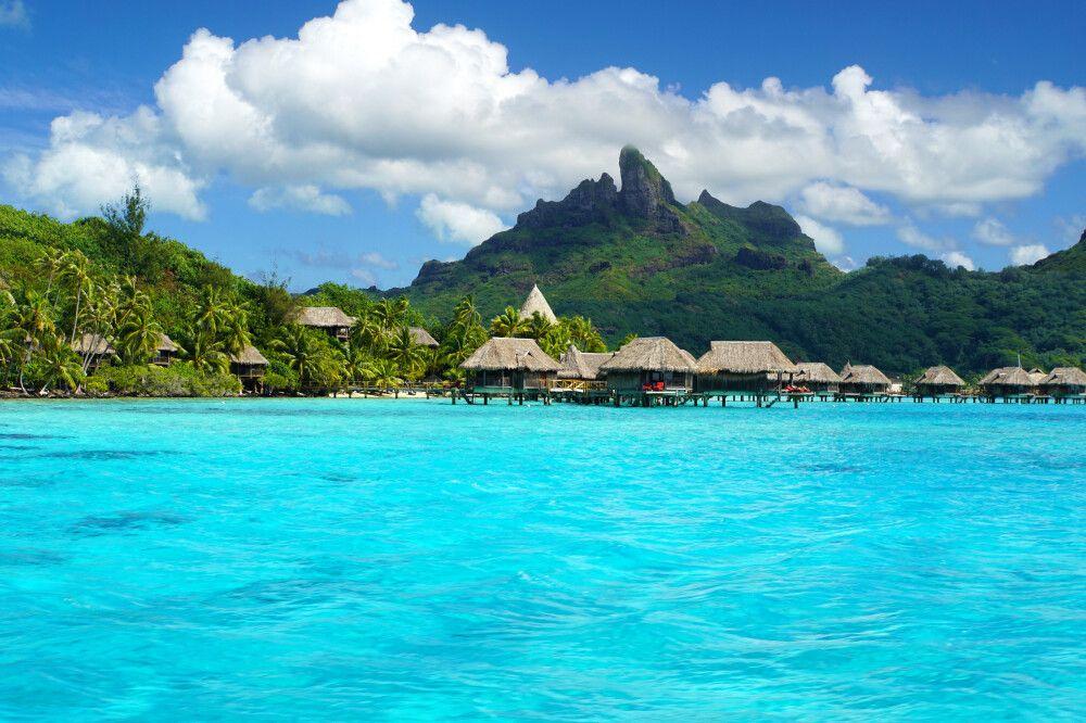 Farbenspiel in der Lagune von Bora Bora