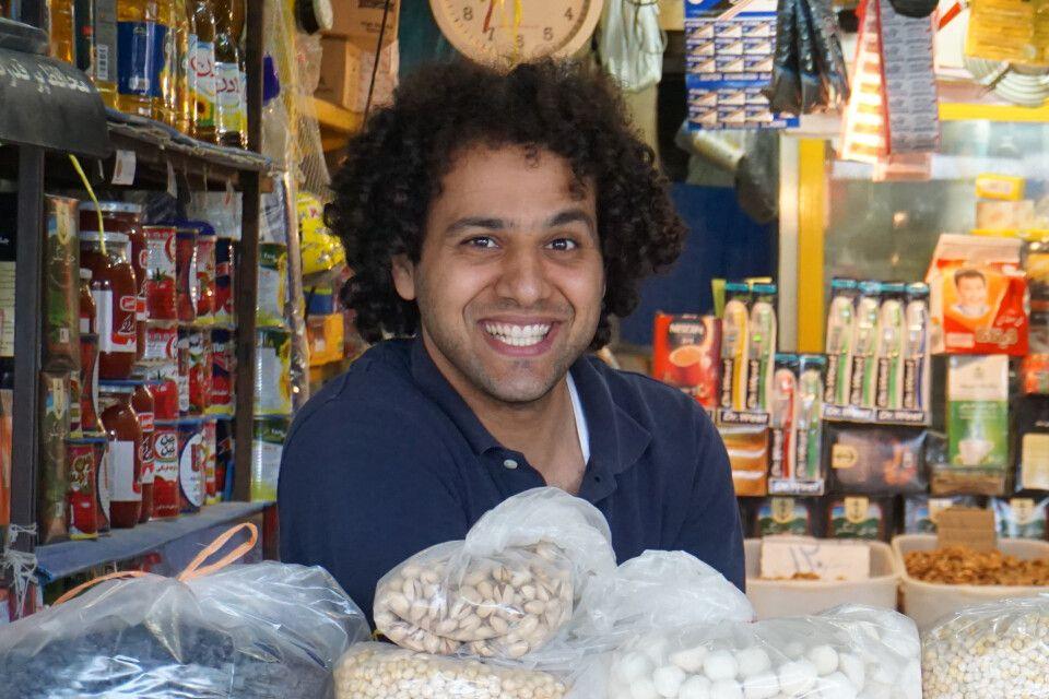 Verkäufer auf dem Markt... oder Iraner, die Weltermeister in Sachen Freundlichkeit