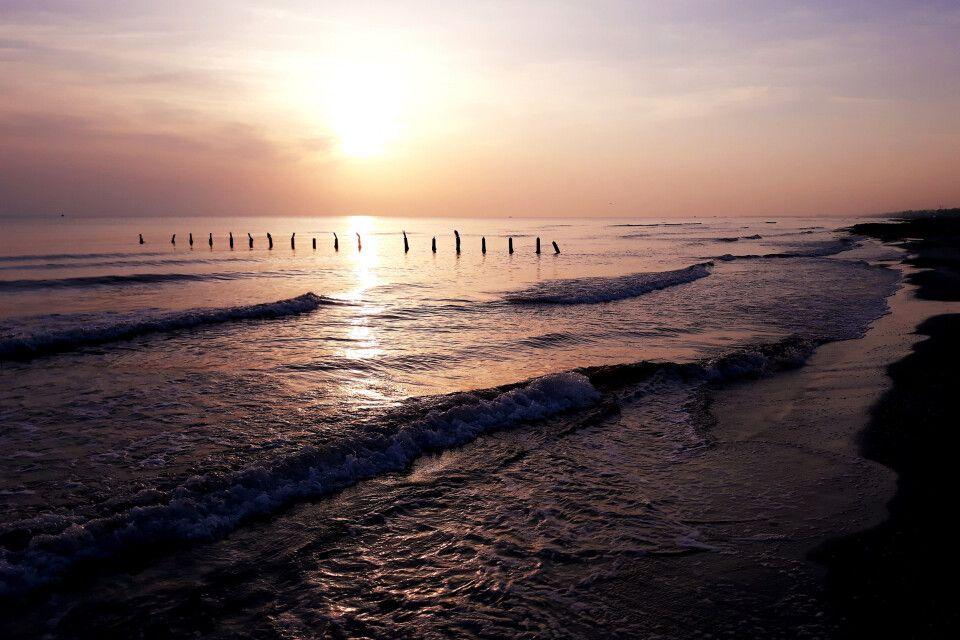 Sonnenaufgang am Kaspischen Meer