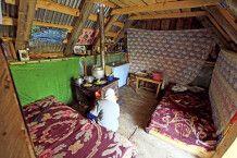 In der Hütte der Schäferfamilie