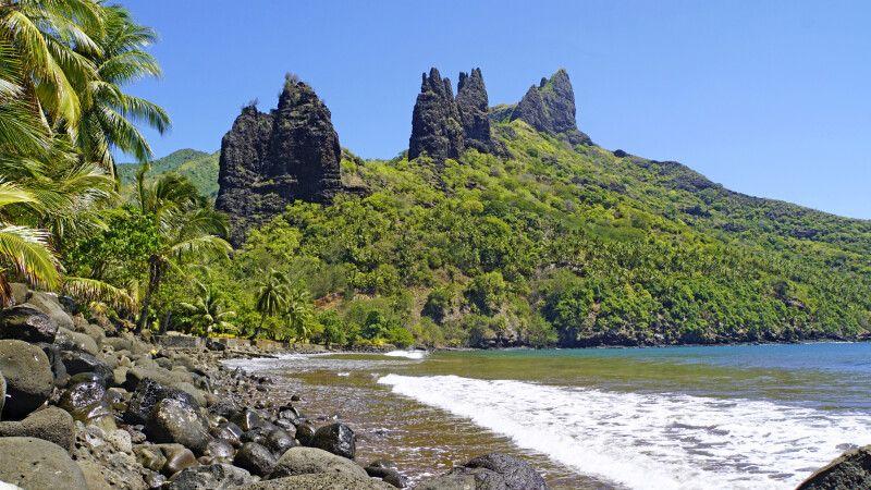 Bucht von Hatiheu auf Nuku Hiva © Diamir