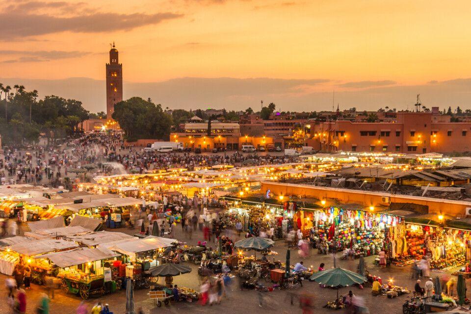 Marktplatz Jemaa EL Fna im Sonnenuntergang, Marrakesch