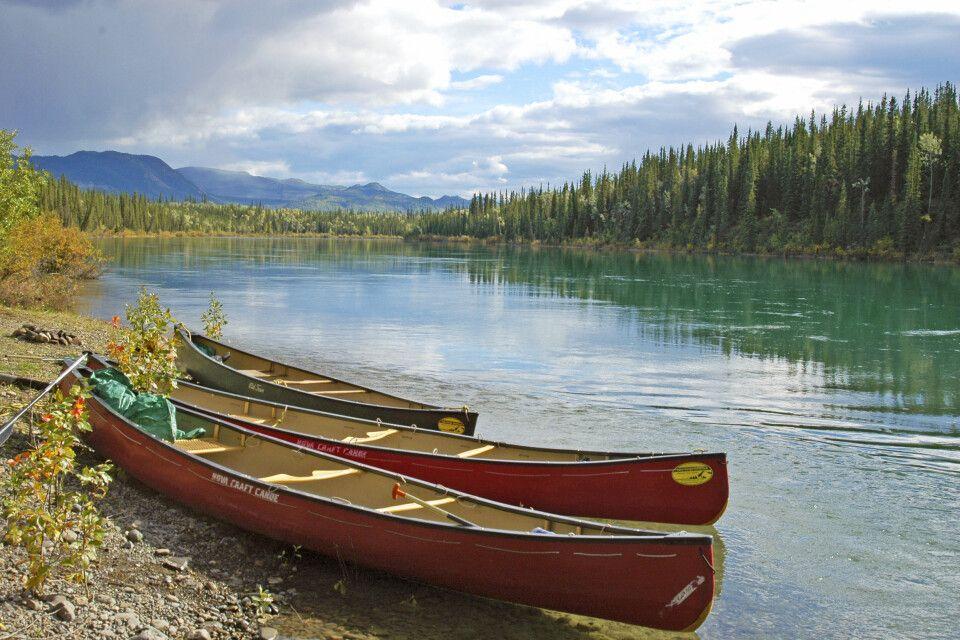 Kanus am Yukon River