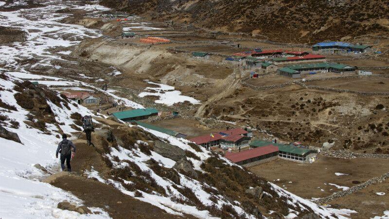 Der kleine Ort Machhermo auf 4410m Höhe © Diamir