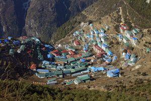 Blick von oben auf Namche Bazar (3440 m)