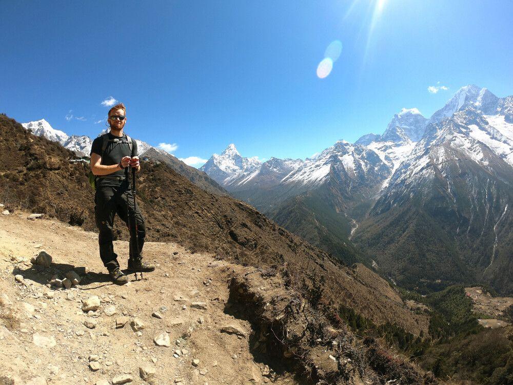 Trekkinggenuss pur inmitten der weißen Gipfelwelt des Solu Khumbu