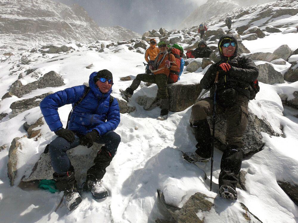 Pause kurz vor dem Cho-La-Pass (5420m)