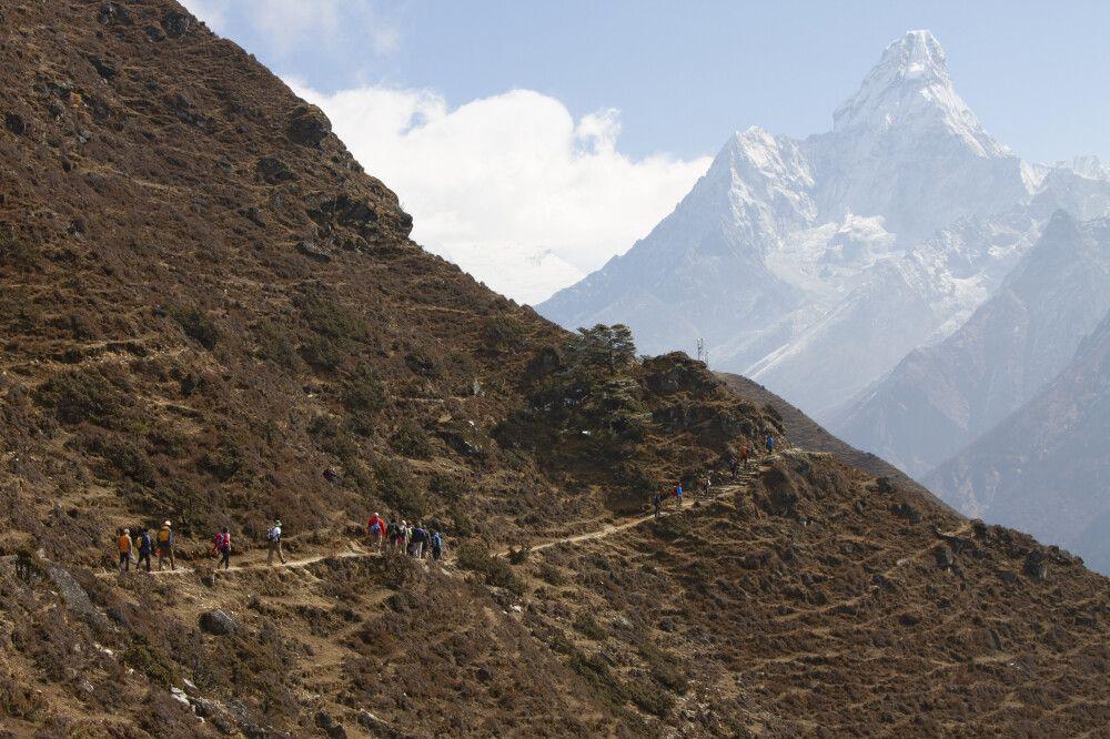 Unterwegs nach Phortse Tenga mit Ama Dablam (6812m) im Blick