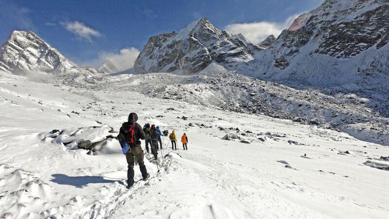 Auf dem Weg zum Cho-La-Pass (5420m) © Diamir