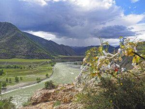 Der Fluss Katun im Altai