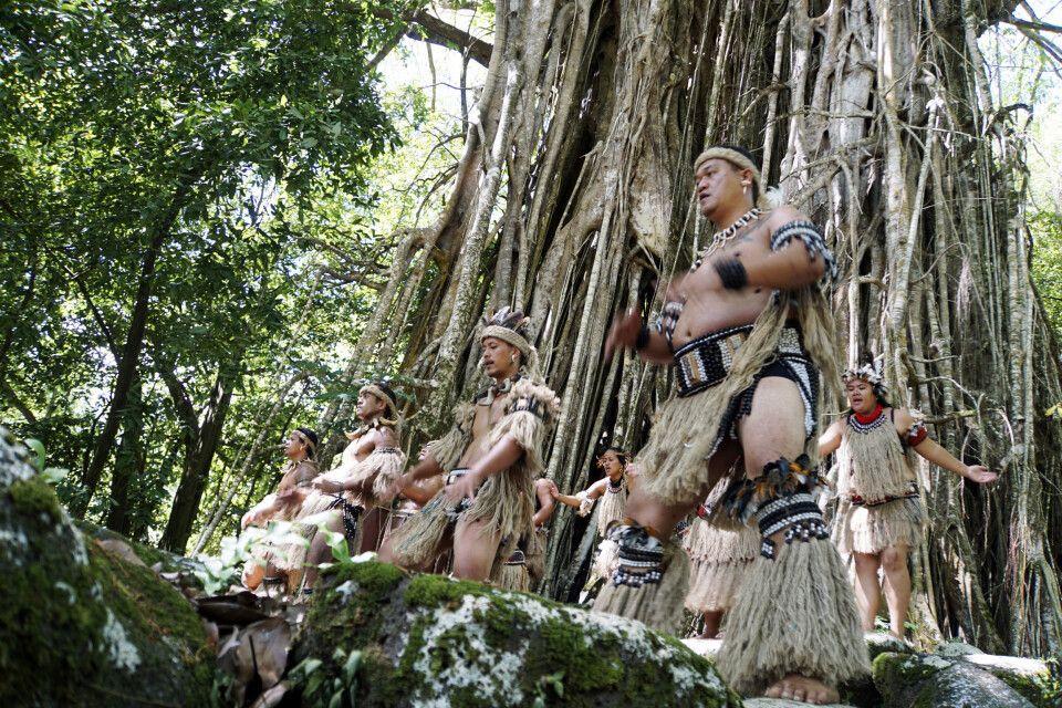 Mit den Tänzen wird das kulturelle Erbe der Maquesas geplfegt