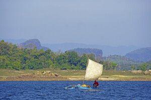 Fischer bei der Bootssafari im Gal Oya-Nationalpark