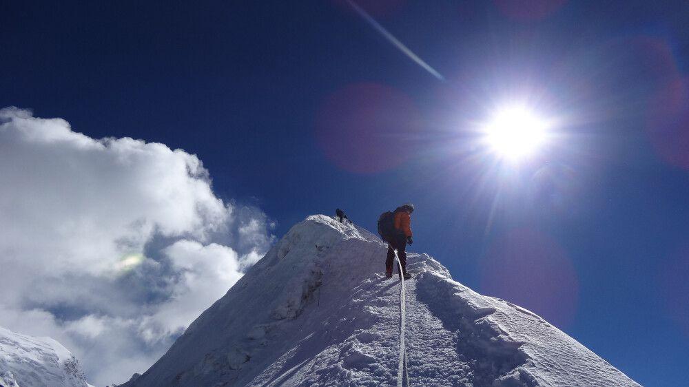 Gipfelbesteigung Island Peak (6189 m)