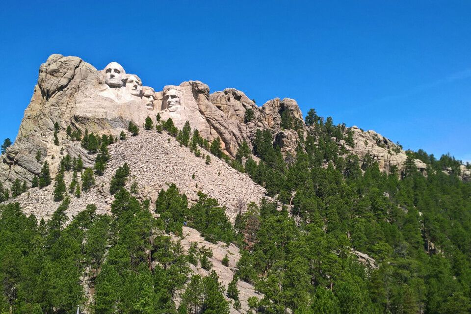 Von Deadwood durch die Black Hills nach Wall - Mount Rushmore