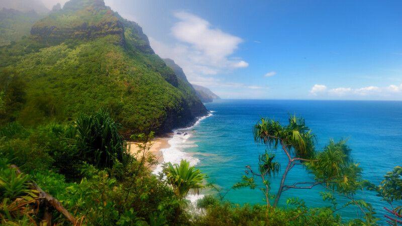Atemberaubende Aussicht vom Kalalau Trail in Kauai, Hawaii © Diamir
