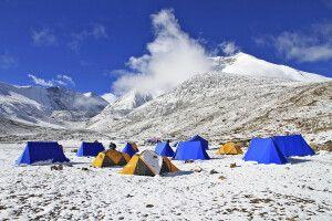 Neuschnee im Kang Yatze Basislager