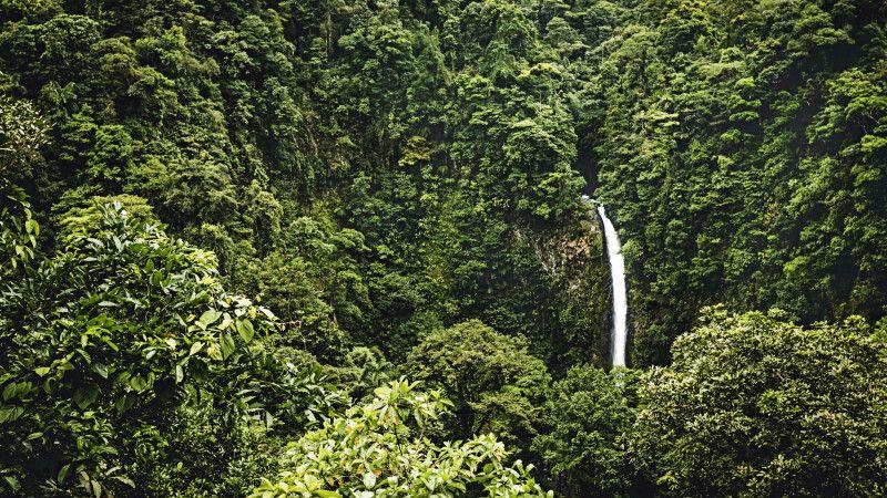 Wasserfall von La Fortuna © Diamir