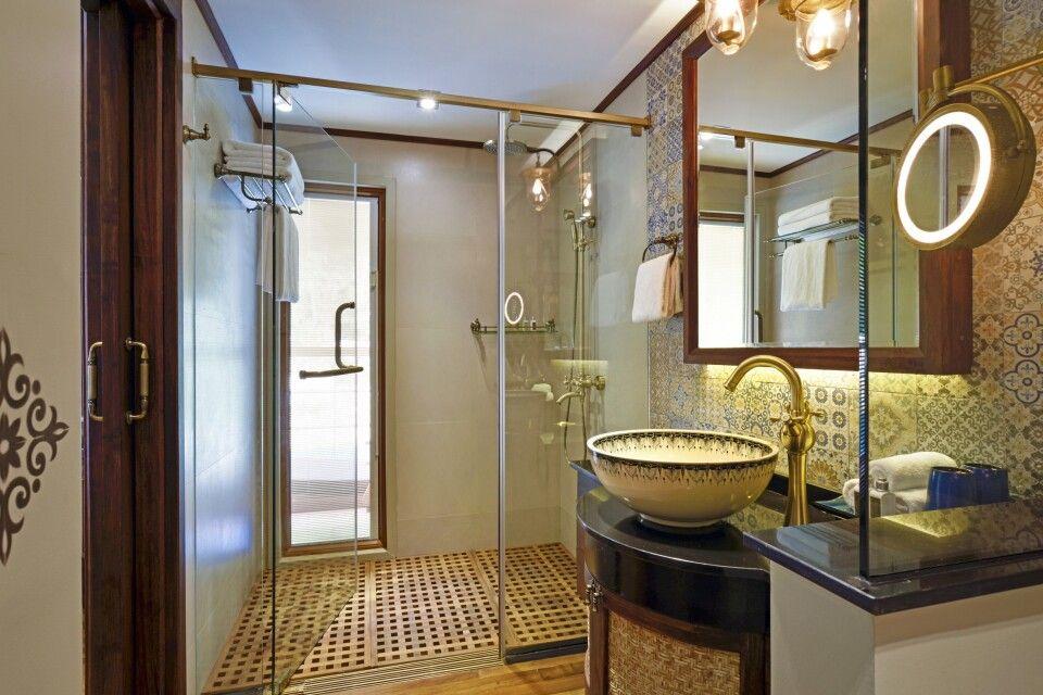 Badezimmer der Luxury Suite auf der Sanctuary Ananda
