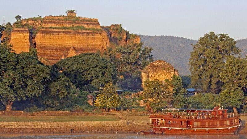 Mandalay vom Fluss aus gesehen © Diamir