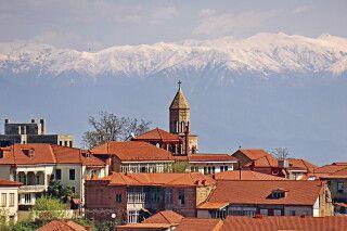 Signagi mit dem großen Kaukasus