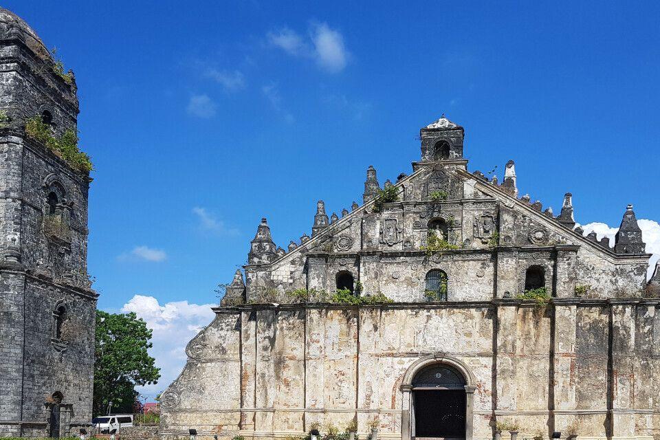 Alter kolonialer Kirchenbau auf den Philippinen