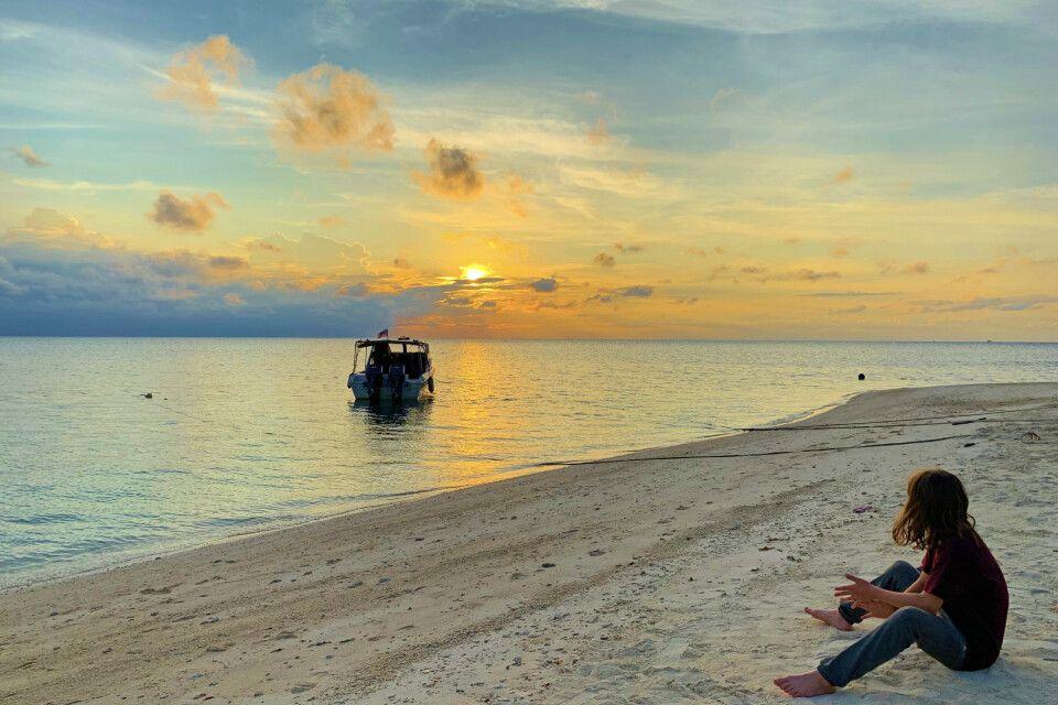 Sonnenuntergang am Strand von Selingan Island