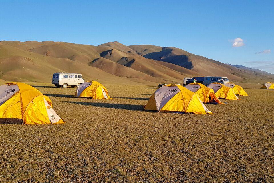 Zeltlager unweit der Jargalant-Berge