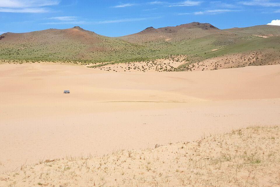 Fahrt durch die Sanddünen zum Schwarzen See