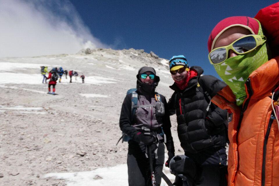 Guides auf dem Weg zum Gipfel