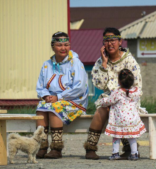 Viele Einwohner pflegen die Tradition - die Moderne hält trotzdem Einzug