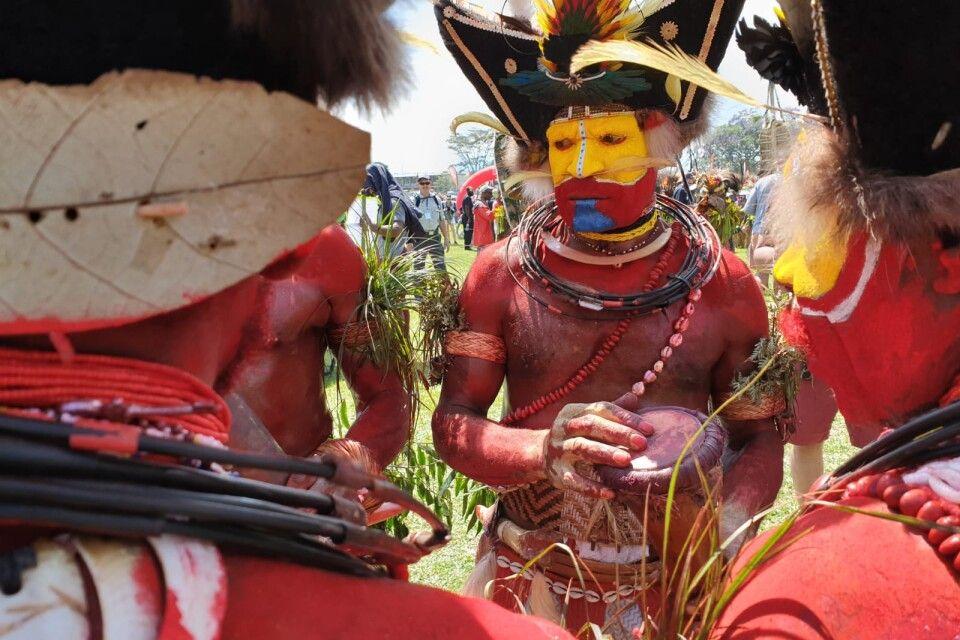 Huli-Wigman im Hochland bei Tari beim Sing Sing