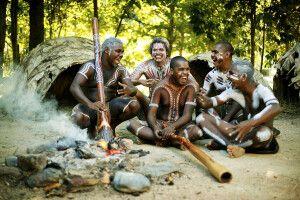 Am Lagerfeuer mit Aborigines und Klängen der Didgeridoos
