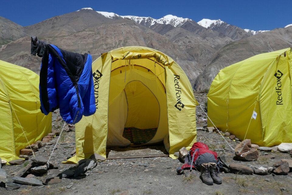 Zeltlager nahe des Inyltschek-Gletschers (2900 m)