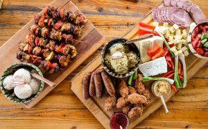 Traditionelle hausgemachte rumänische und moldawische Küche