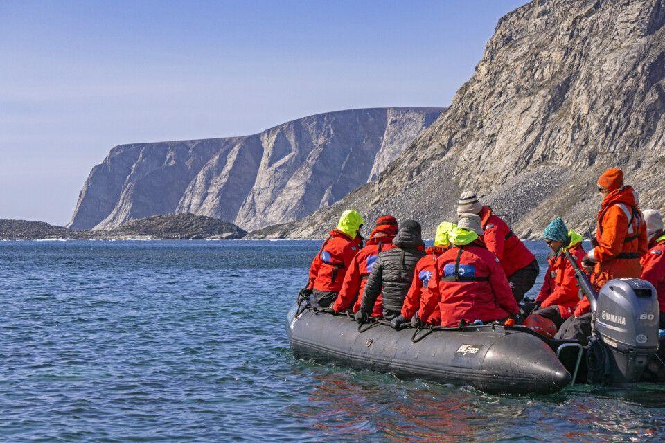 Im Zodiac an der Küste von Baffin Island