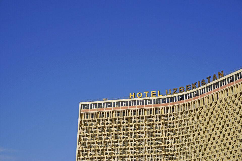 Das imposante Hotel Uzbekistan im Herzen Taschkents