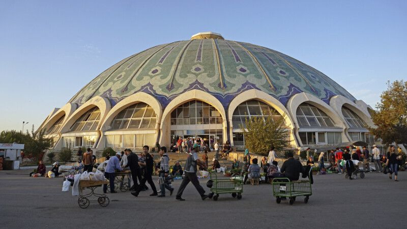 Taschkent Chorsu Basar © Diamir