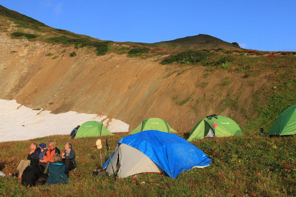 Zeltcamp in der Wildnis Südkamtschatka