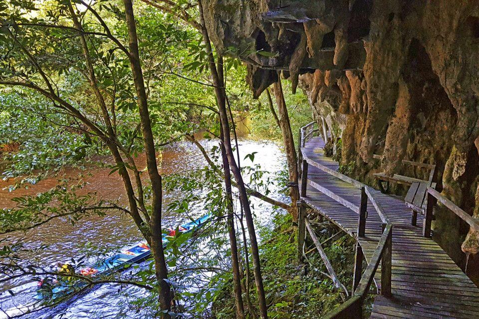 Verschlungener Weg im Mulu-Nationalpark