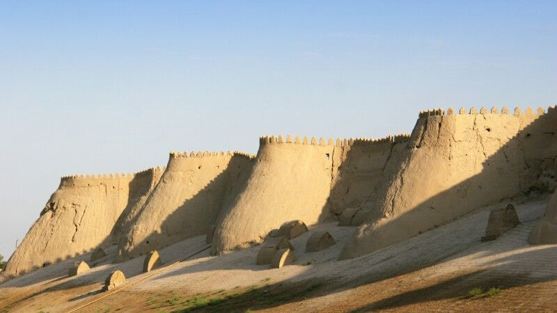 Chiwa Ichan-Kala Stadtmauer © Diamir