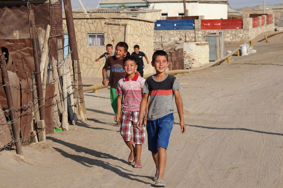Jungen in Madaw ganz im Süden Turkmenistans