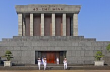 Ho-Chi-Minh-Mausoleum in Hanoi