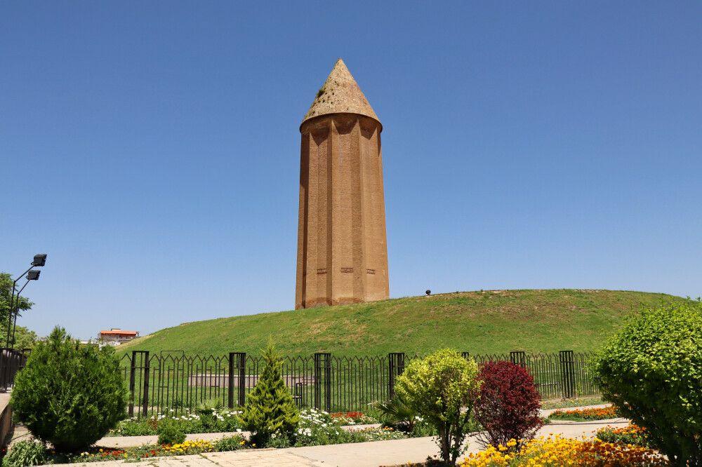 Grabturm Gonbad E Qavus