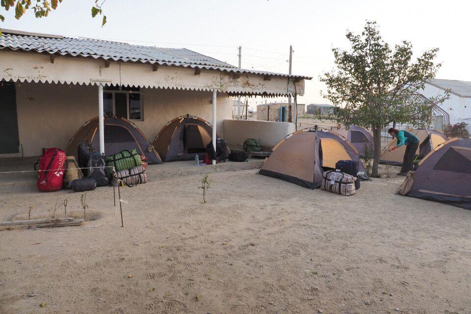 Übernachtung im Dorf Ajykui
